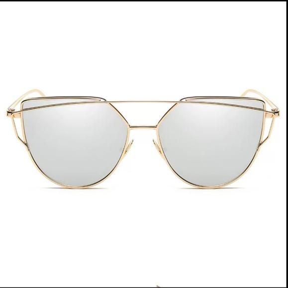 9636ec013d36 Mirrored Cat Eye Sunglasses Gold Frames 💕